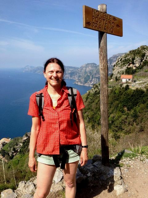 "Eva on the ""Sentiero degli dei"", the ""Path of Gods"""