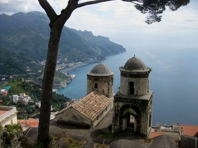 Incredible views from Ravello's Villa Rufolo
